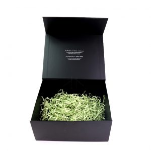 Black gift box with filling paper-1