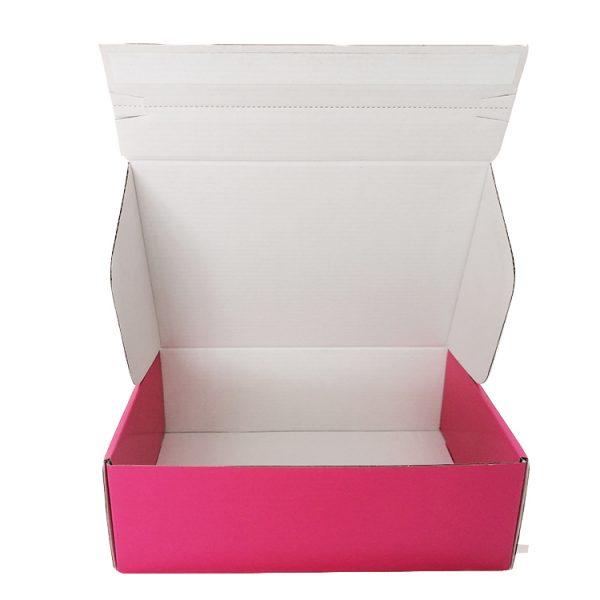 Black shipping box-4