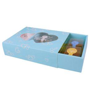 empty chocolate gift box-2